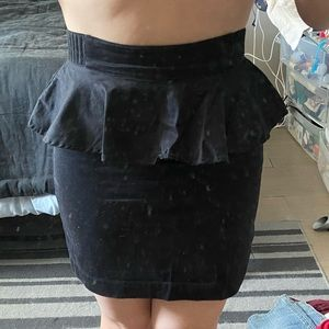 Divided black peplum skirt